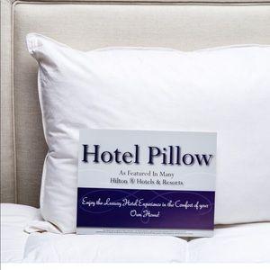 1x Envirosleep Dream Surrender Hilton Pillow